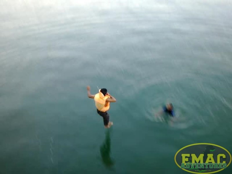 emac-cliff-jumping-at-khanpur-lake18