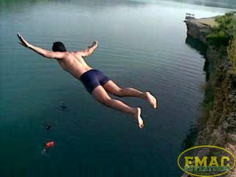emac-cliff-jumping-at-khanpur-lake27
