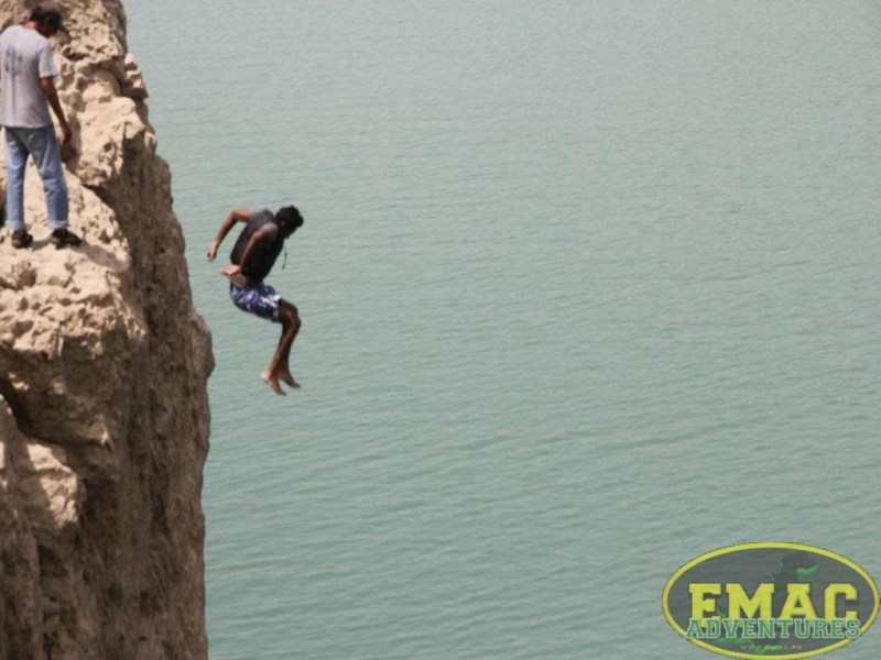 emac-cliff-jumping-at-khanpur-lake35