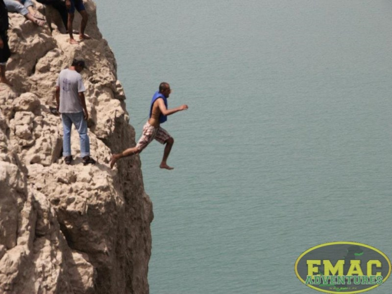 emac-cliff-jumping-at-khanpur-lake36