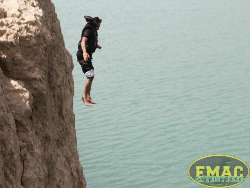 emac-cliff-jumping-at-khanpur-lake44