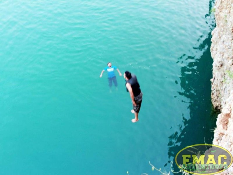 emac-cliff-jumping-at-khanpur-lake6