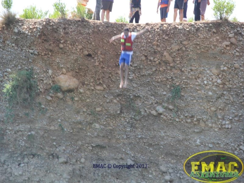 emac-cliff-jumping-at-khanpur-lake62