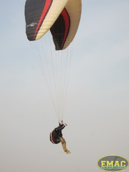 emac-paragliding-in-karachi1016