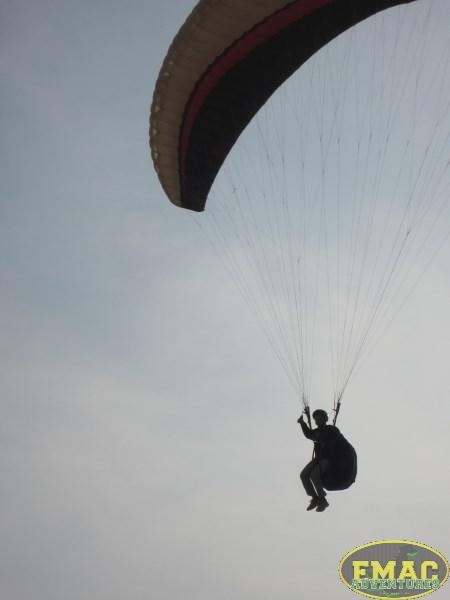 emac-paragliding-in-karachi1018
