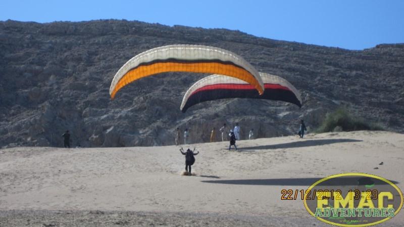 emac-paragliding-in-karachi306