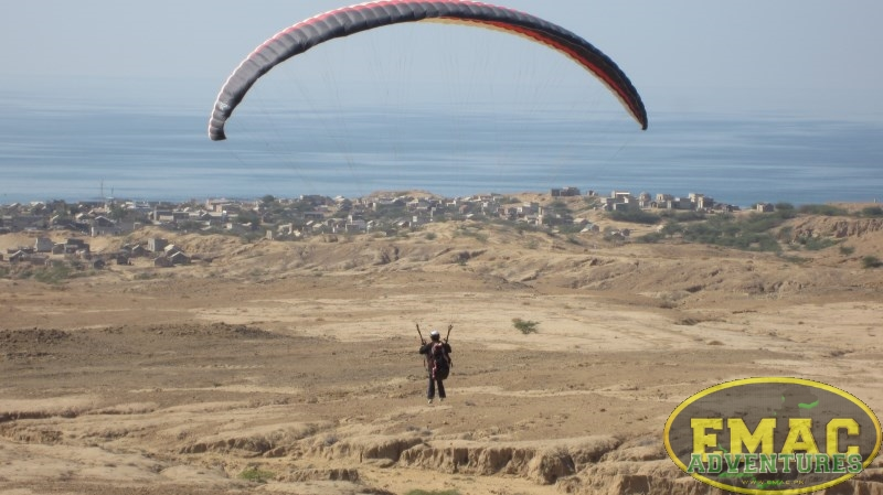 emac-paragliding-in-karachi392