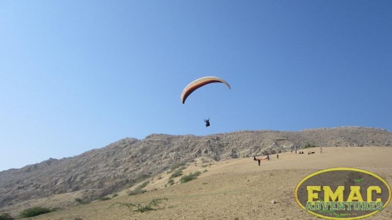 emac-paragliding-in-karachi435