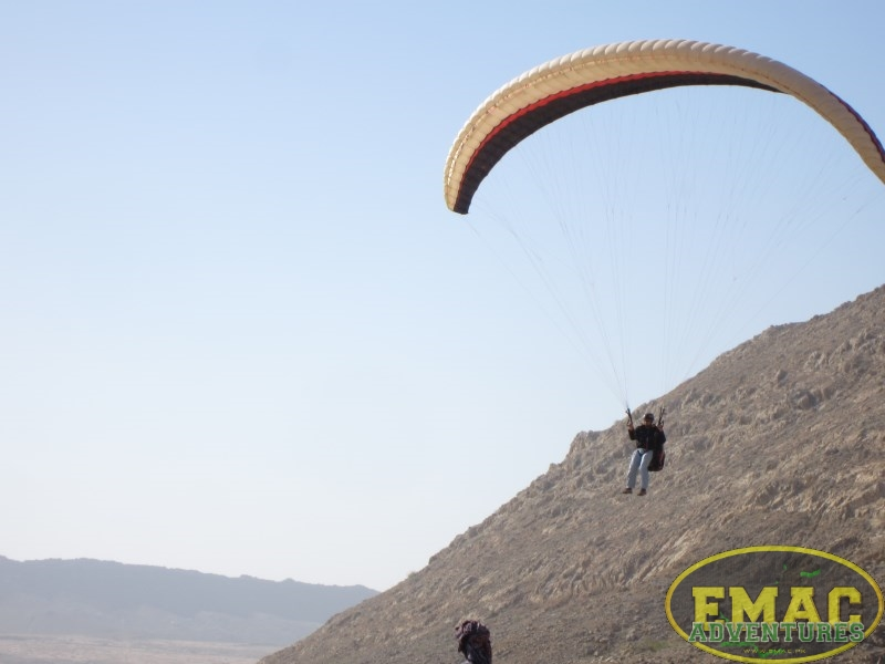 emac-paragliding-in-karachi813