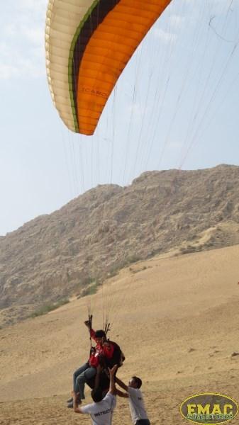 emac-paragliding-in-karachi950