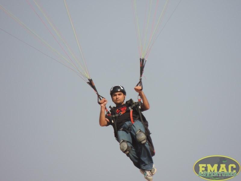 emac-paragliding-in-karachiemac-paragliding-in-karachi044