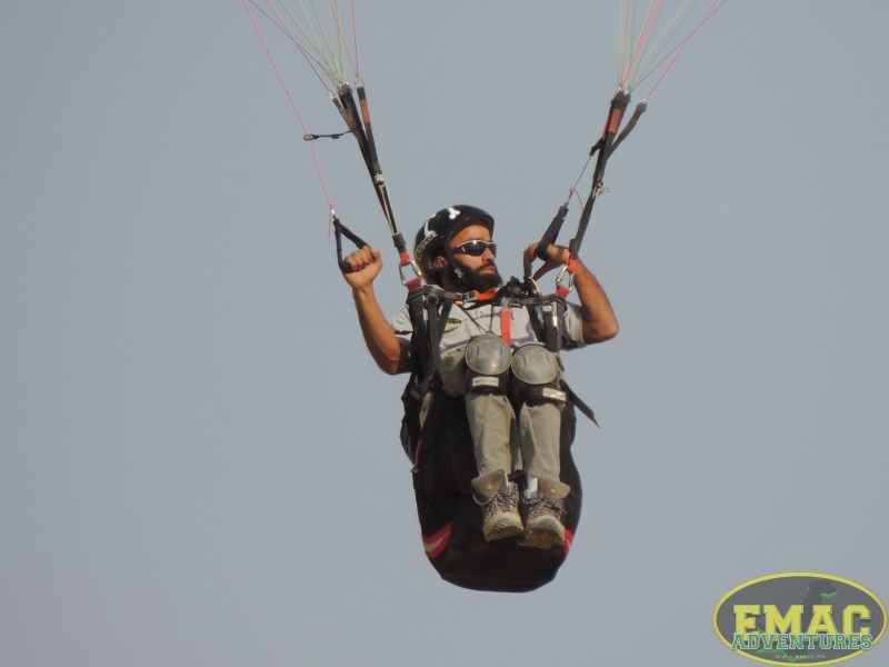 emac-paragliding-in-karachiemac-paragliding-in-karachi046