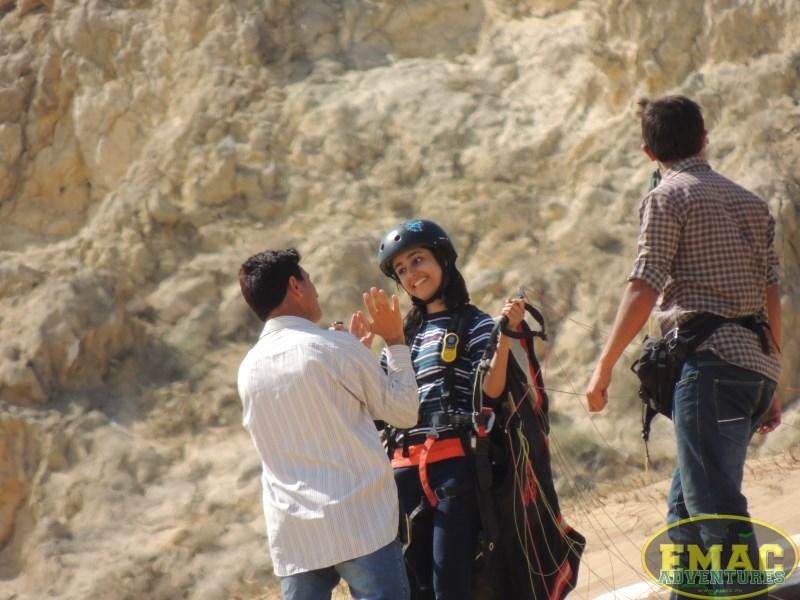 emac-paragliding-in-karachiemac-paragliding-in-karachi055
