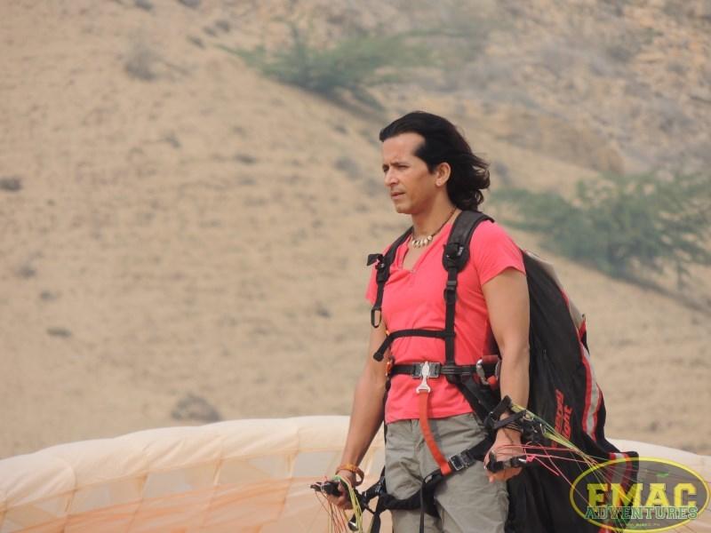 emac-paragliding-in-karachiemac-paragliding-in-karachi068