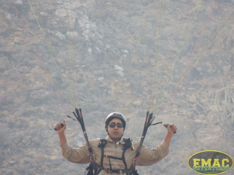 emac-paragliding-in-karachiemac-paragliding-in-karachi074