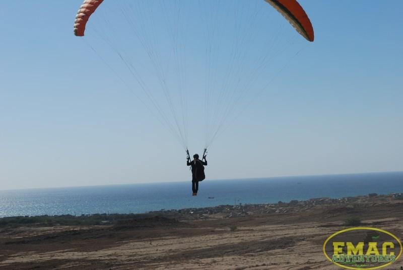 emac-paragliding-in-karachiemac-paragliding-in-karachi131