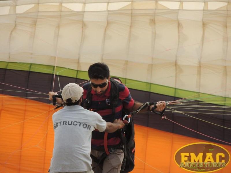 emac-paragliding-in-karachi11