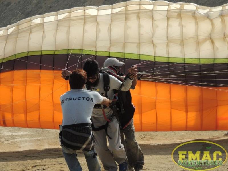 emac-paragliding-in-karachi3